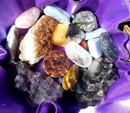 Choosing & Cleansing Your Crystals