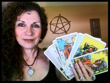 The Tarot Parlour ~ Infinite Possibilities