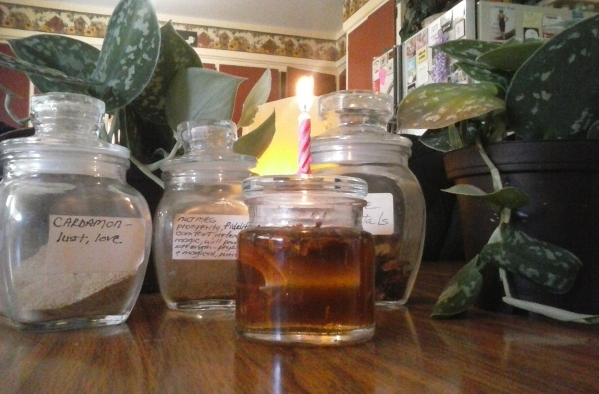From The Witch's Corner ~ A Honey Jar Spell (video!)